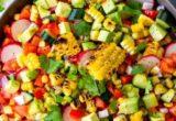 Σαλάτα με ψητό καλαμπόκι για τα καλοκαιρινά σου γεύματα