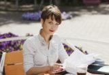 Πώς να φροντίζεις την ψυχική σου υγεία ενώ παράλληλα χτίζεις την καριέρα σου σύμφωνα με τους ειδικούς