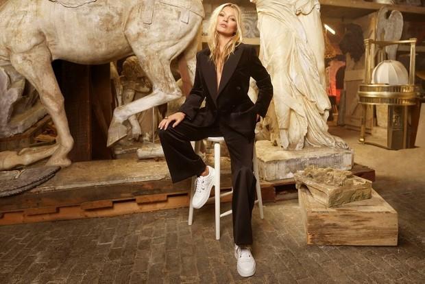 Η Kate Moss αποκάλυψε τα fashion icons της και τη βασική συμβουλή μόδας της στη γαλλική Vogue