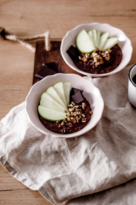 Κρεμα βρωμης με κακαο, σιροπι σφενδαμου και πρασινο μηλο