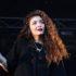 H Lorde λέει ότι το νέο της άλμπουμ θα είναι «so f*cking good» και την πιστεύουμε