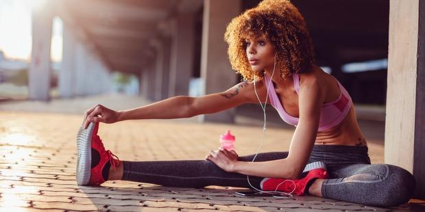 Τελικά πόσο νερό πρέπει να πίνεις μετά από μια προπόνηση;