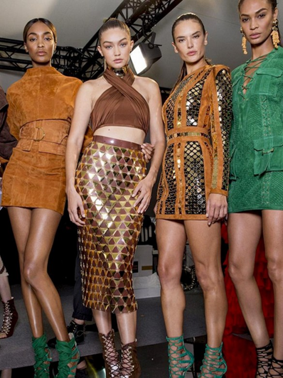Kendall Jenner και Gigi Hadid στο Balmain catwalk {VIDEO}