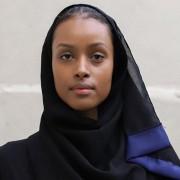 H Shahira Yusuf είναι το πρώτο μοντέλο με hijab που υπέγραψε με το πρακτορείο Storm