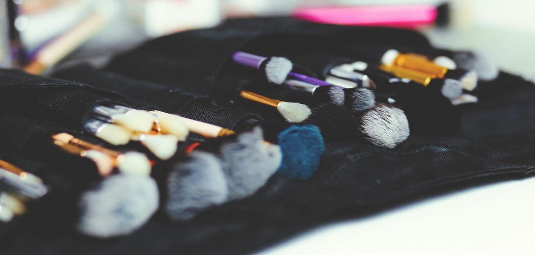 makeup-brush-stock-001