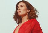 Το νέο τραγούδι της Mandy Moore άργησε 10 χρόνια αλλά είναι εδώ