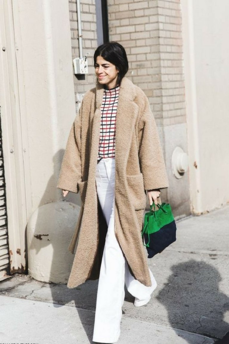 maven46-how-to-wear-white-jeans-in-winter-street-style-6-700x1050-medium