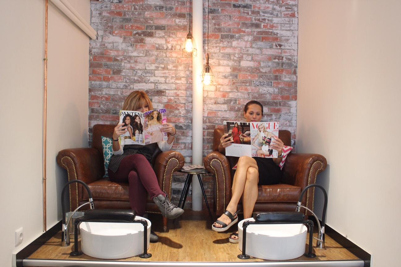 nailjob-to-pio-stylish-nail-salon-to-kentrou-savoir ville 4