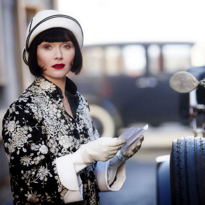"""Η σειρά """"Miss Fisher's Murder Mysteries"""" είναι ένα κύμα φεμινισμού"""
