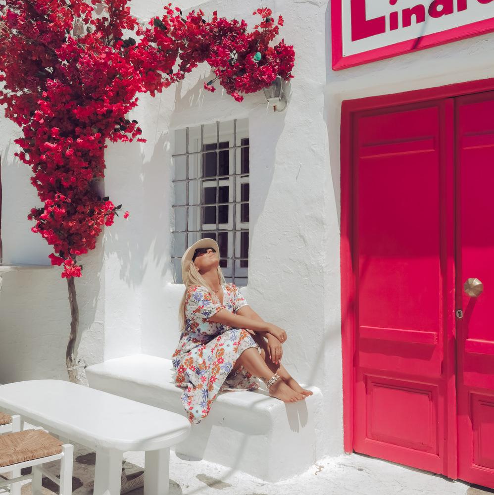 Η Νένα Τσιμπραηλίδου βρίσκει την πραγματική ευτυχία στις εμπειρίες και τις εικόνες που κουβαλάει από κάθε ταξίδι της