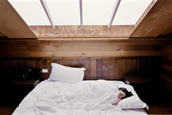υπάρχει τρόπος να κοιμάσαι καλύτερα τα βράδια
