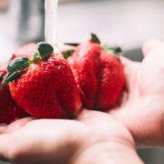 12 τρόφιμα που πρέπει να αγοράζεις βιολογικά