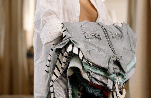 αποτελεσματικοί τρόποι να επεκτείνεις τη διάρκεια ζωής των ρούχων σου
