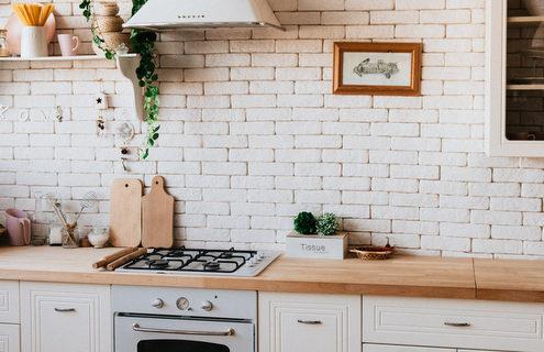Bασικοί feng shui τρόποι για να ανανεώσεις την κουζίνα σου