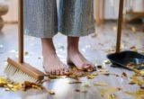 H λίστα με τις δουλειές του σπιτιού για να υποδεχτείς τη νέα σεζόν, σύμφωνα με τους ειδικούς