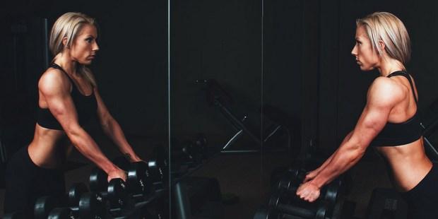 5 λόγοι που η βραδινή γυμναστική είναι ακριβώς αυτό που χρειάζεσαι