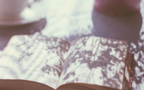 10 βιβλία που μας θυμίζουν πως είμαστε άνθρωποι