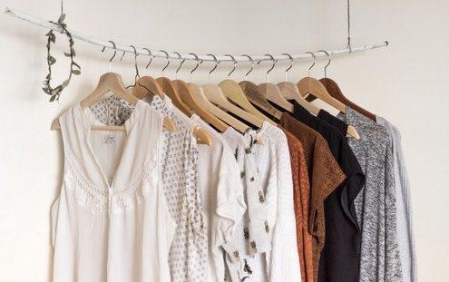 7 τρόποι να σιδερώσεις τα ρούχα σου χωρίς καν να χρησιμοποιήσεις σίδερο