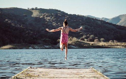 33 πράγματα που λέμε ότι θα κάνουμε κάθε καλοκαίρι