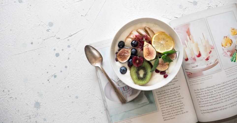 Οι πιο σίγουρες λύσεις για flat κοιλιά ακόμα και μετά το φαγητό