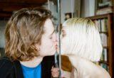 10 μη-ρομαντικά πράγματα που κάνουμε οι άντρες για να σας δείξουμε ότι σας αγαπάμε