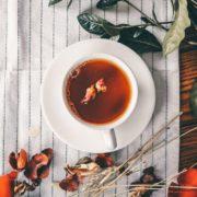 4 βότανα για να αντιμετωπίσεις την κατακράτηση υγρών