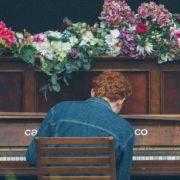 Μια Back to School playlist για ένα Σεπτέμβριο που σέβεται τον εαυτό του