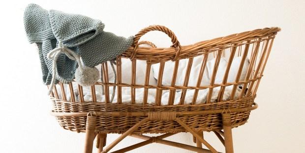 8 κανόνες που πρέπει να ξέρεις πριν πας επίσκεψη στο νεογέννητο της φίλης σου
