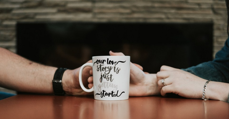 Internet Dating καλό ή κακό Συμβουλές γνωριμιών υπεραστικές σχέσεις