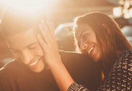 14 τρόποι να στηρίξεις έναν φίλο που είναι στρεσαρισμένος