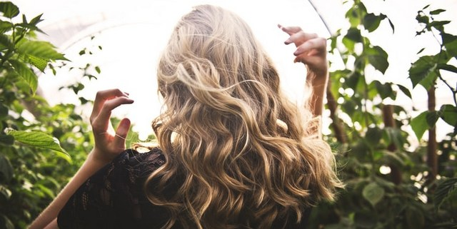 Το pracaxi oil είναι κάτι σαν χρυσός για τα μαλλιά σου