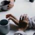 Τι είναι η συναισθηματική απιστία; Και τελικά, μετράει;
