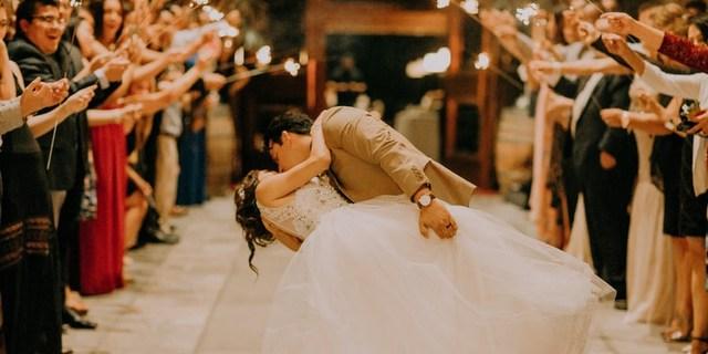 4 δείκτες στη σχέση που μπορούν να προβλέψουν αν γάμος σας θα είναι επιτυχημένος