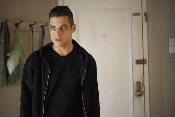 "MR. ROBOT -- ""br4ve-trave1er.asf"" Episode 106 -- Pictured: Rami Malek as Elliot Alderson -- (Photo by: David Giesbrecht/USA Network)"