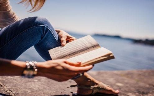 8 αγαπημένα βιβλία από σύγχρονες Ελληνίδες συγγραφείς
