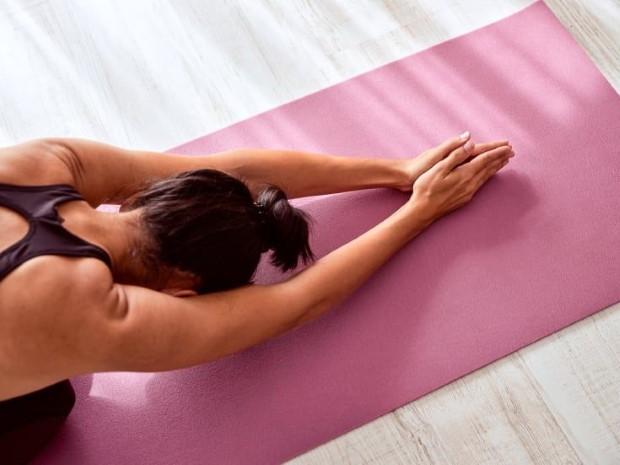 Restorative Yoga: μάθε τα μυστικά της απόλυτης χαλάρωσης