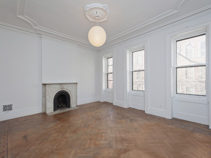 rooms-generously-sized-overall-square-footage