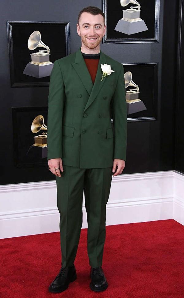 Αυτοί είναι οι celebrities που φόρεσαν λευκό τριαντάφυλλο στα Grammys