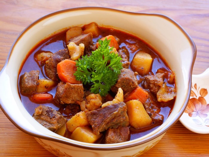 satisfy-your-hunger-with-a-bowl-of-hungarian-goulash-a-hearty-dish-made-of-beef-onions-paprika-tomatoes-green-pepper-potatoes-and-sometimes-noodles-custom