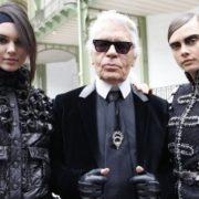 Οι καλύτερες δημιουργίες του Karl Lagerfeld για τον οίκο Chanel