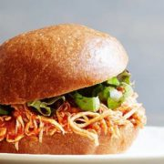 15 tips για να φτιάξεις το καλύτερο burger της ζωής σου