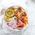 To smoothie bowl με φρούτα του δάσους είναι η νέα αγαπημένη πρωινή συνήθεια