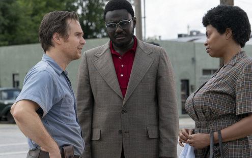 "To ""Τhe Best of Enemies"" αποδεικνύει ότι το Hollywood δεν ξέρει και πολλά για την ιστορία των Αφροαμερικανών"
