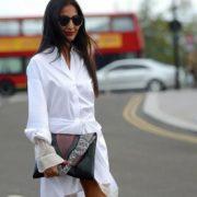 Ο τρόπος να αφαιρέσεις τα αντιαισθητικά σημάδια ιδρώτα από τα λευκά σου ρούχα