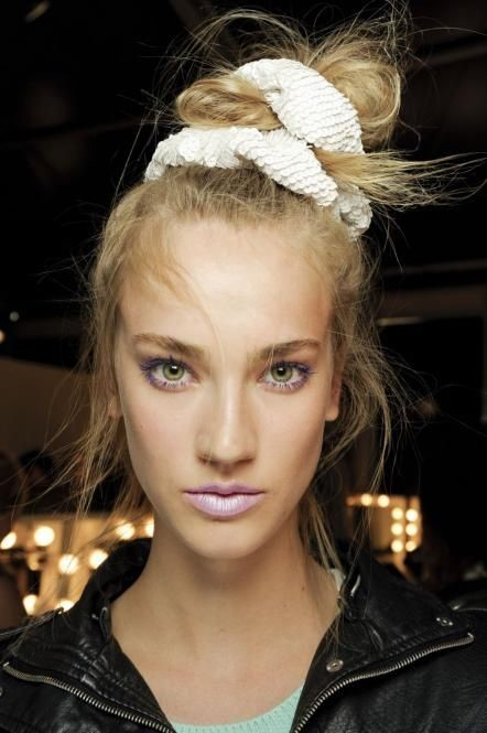 thumbnail_3ab84a5549741379e90e38517ffa986b-hair-scrunchies-s-style-small