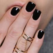 Πόσο Πόσο κακό κάνει στα νύχια το gel manicure τελικά;