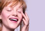 5 tips για πιο λευκό χαμόγελο για να τα δοκιμάσεις μόνη σου στο σπίτι