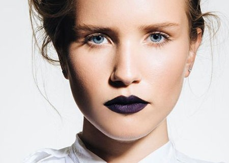 tips_for_wearing_dark_lipstick