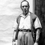 O Tom Hardy ντύθηκε Al Capone και το trailer επιτέλους κυκλοφόρησε