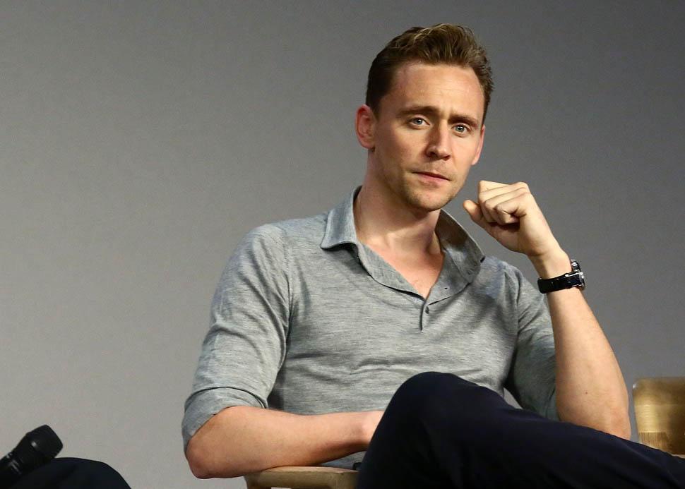 Man Crush Fridays: Tom Hiddleston Savoir Ville